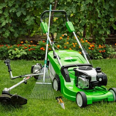 Опрема и алатки за двор